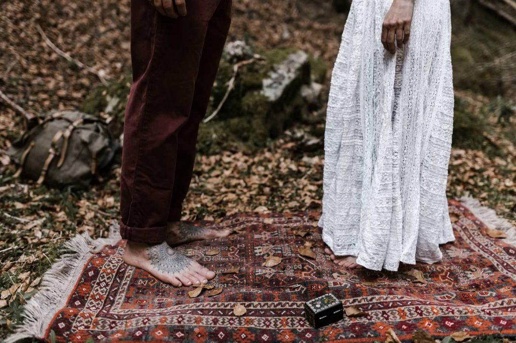 ceremony road trip wedding Yoris photographe elopement folk